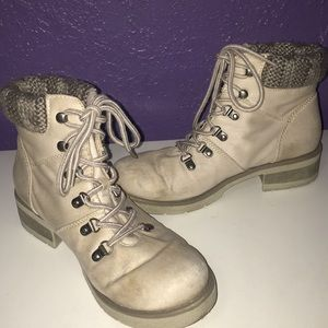 Mossimo Tan Combat Boots
